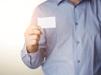 法人向けデビットカードを使うとビジネスカードは不要となる